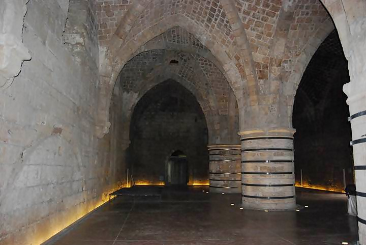 Acre: The refectorium