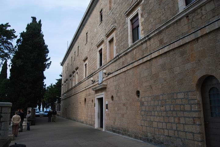 Western side of the Carmelite monastery, and the entrance to the church.