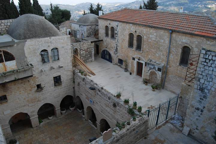 Yard in King David's tomb