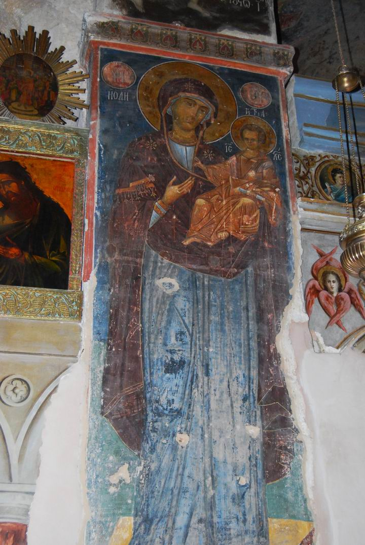 Fresco on the left side (Mary and infant Jesus)