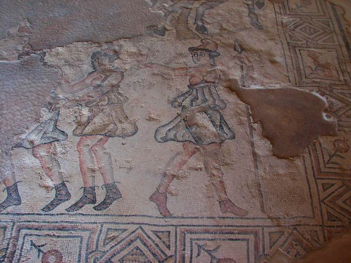 Sepphoris: Nile house - Amazons