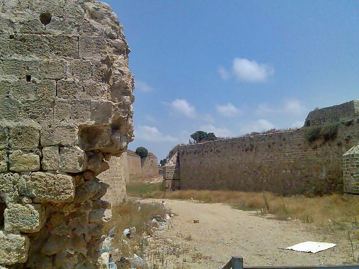 Photo of the dry moat on the eastern side of the old city of Acre.