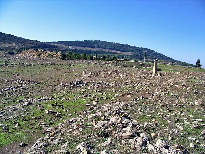 This photo shows the view from the eastern side of Khirbet Ammudim, facing west.