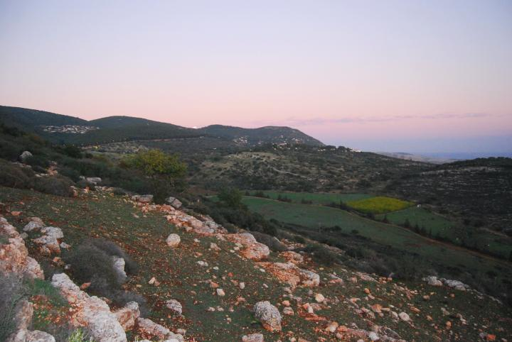 Khirbet BeerSheba: View towards the east