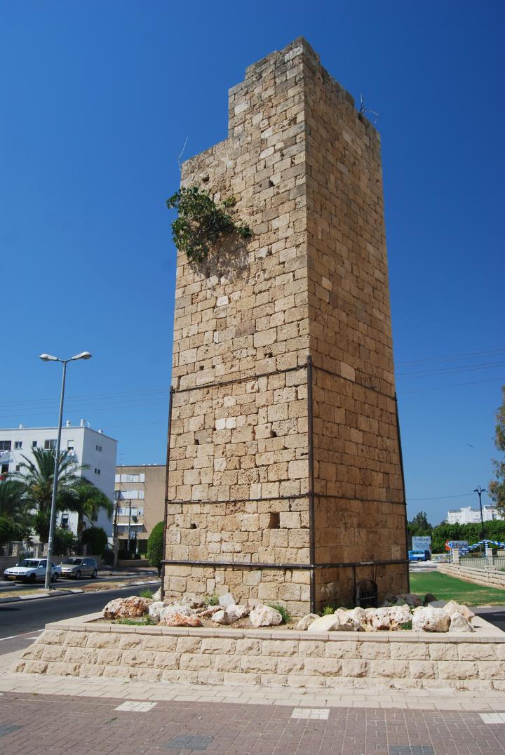 Acre aqueduct: Wolfson neighborhood - Tower
