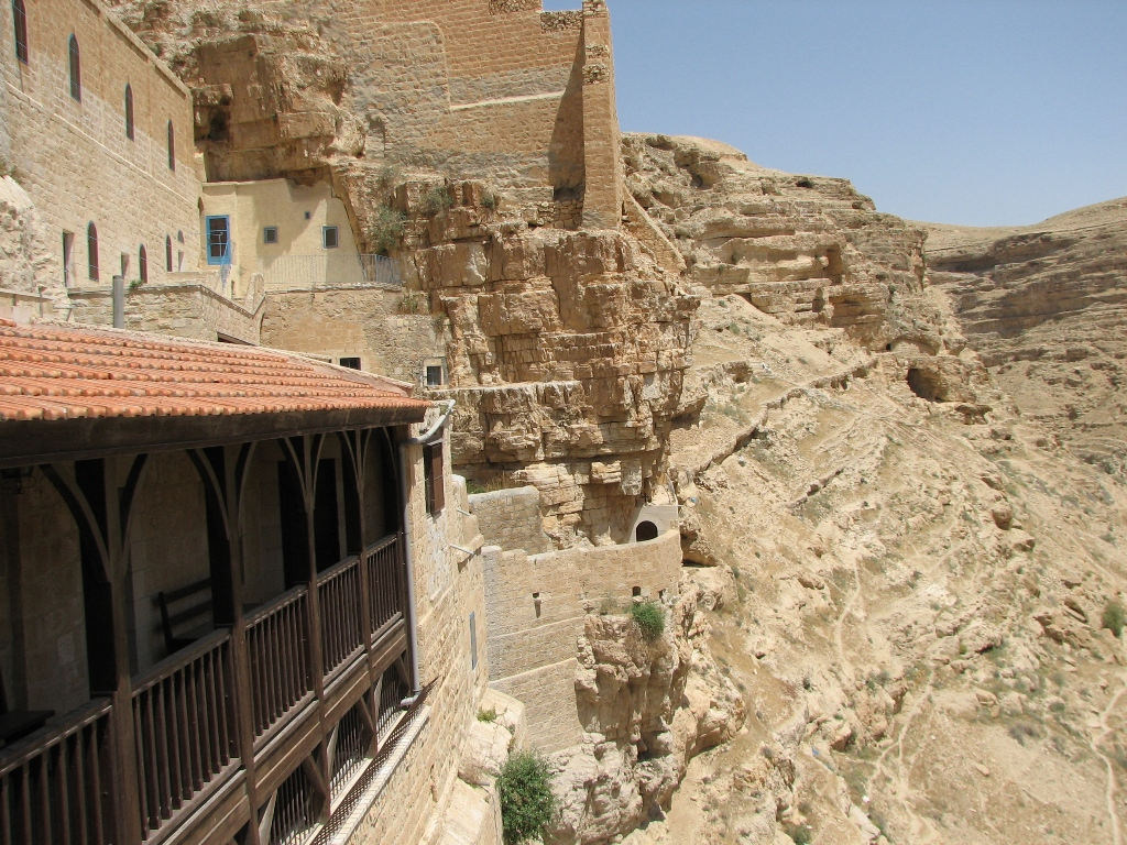 The Mar Saba monastery is hanging in the cliffs of Wadi Kidron.